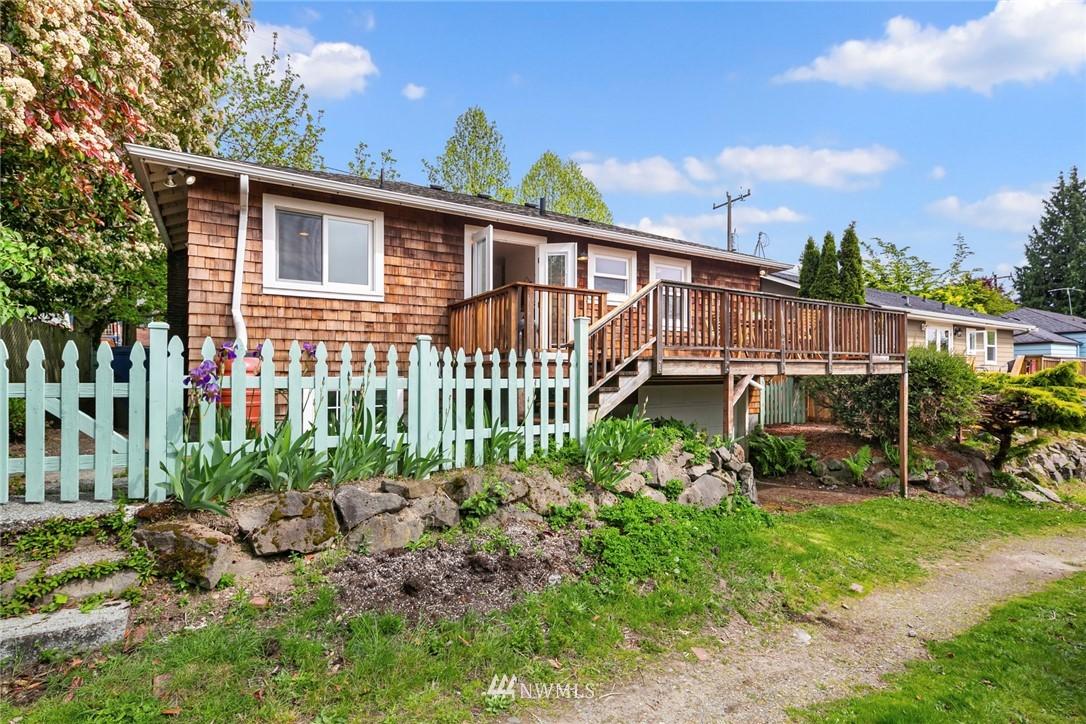 Sold Property | 2313 30th Avenue S Seattle, WA 98144 23