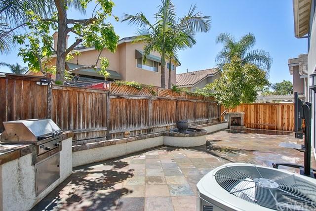 Active Under Contract   12 Tanglewood Lane Rancho Santa Margarita, CA 92688 22