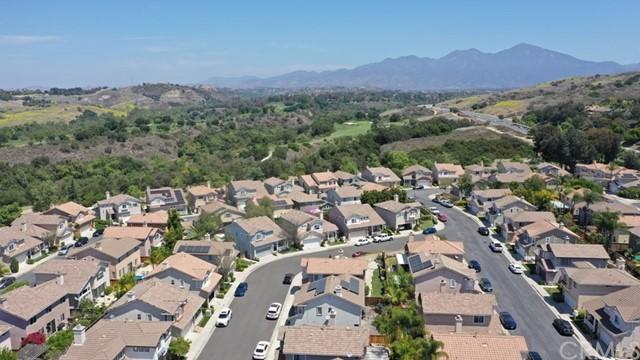 Active Under Contract   12 Tanglewood Lane Rancho Santa Margarita, CA 92688 26