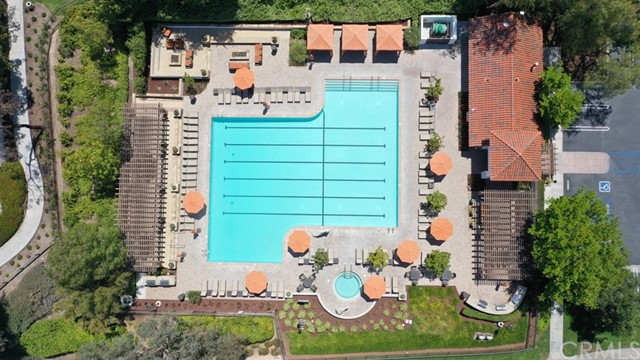 Active Under Contract   12 Tanglewood Lane Rancho Santa Margarita, CA 92688 28