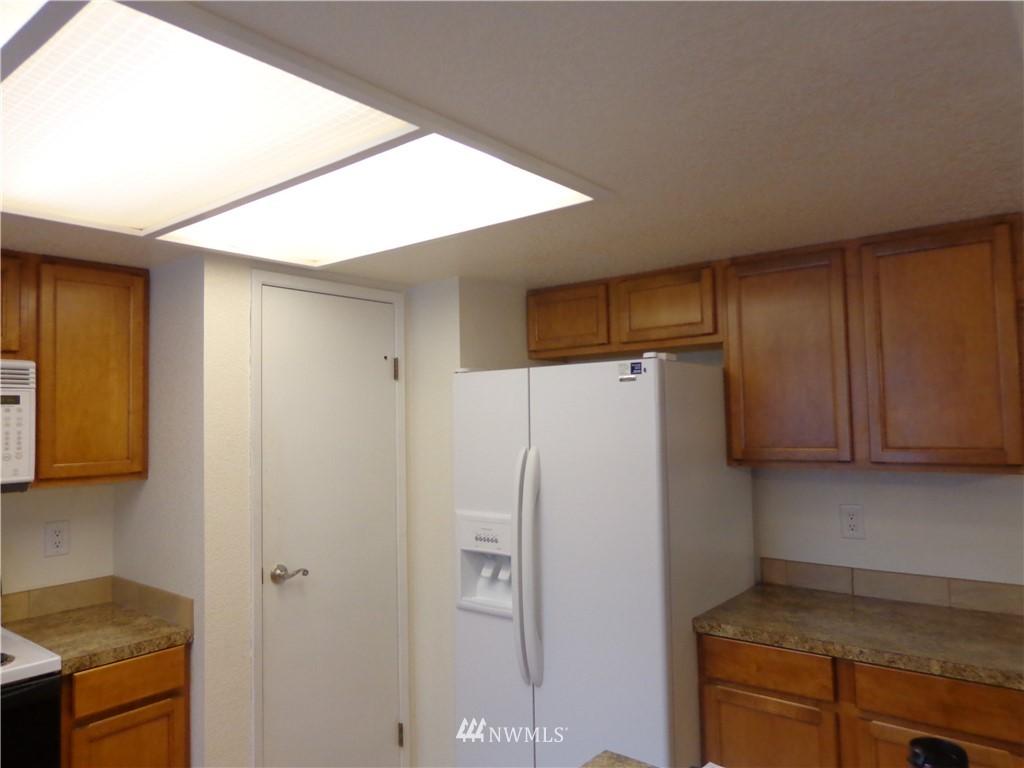 Sold Property   1904 SW 307th Street #B Federal Way, WA 98023 4