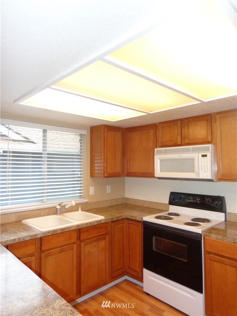 Sold Property   1904 SW 307th Street #B Federal Way, WA 98023 5