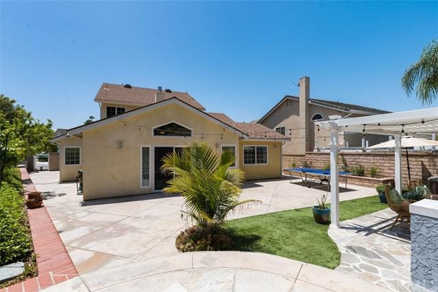 Pending   32211 Mill Stream Road Rancho Santa Margarita, CA 92679 21