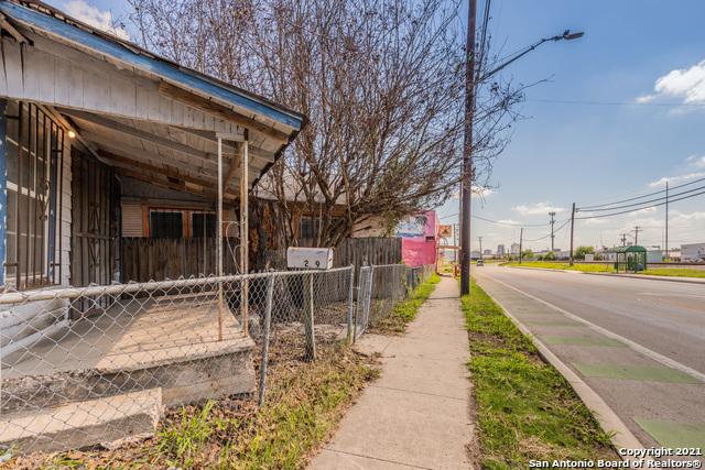 Off Market | 209 FRIO CITY RD San Antonio, TX 78207 3