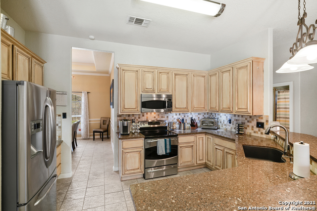 Off Market | 406 E Vista Ridge San Antonio, TX 78260 11
