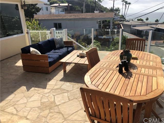Pending | 108 Spindrift Drive Rancho Palos Verdes, CA 90275 5