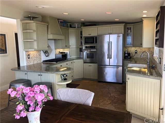 Pending | 108 Spindrift Drive Rancho Palos Verdes, CA 90275 7