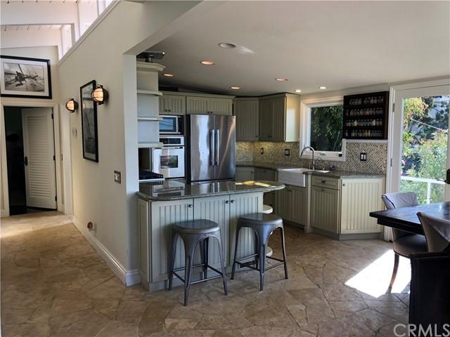 Pending | 108 Spindrift Drive Rancho Palos Verdes, CA 90275 8