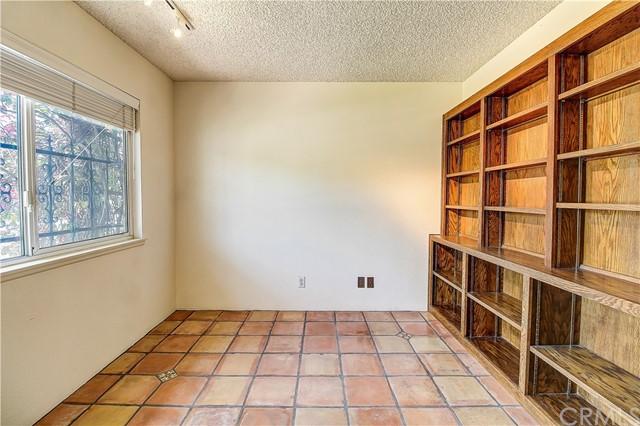 Closed   1032 Fulbright Avenue Redlands, CA 92373 24