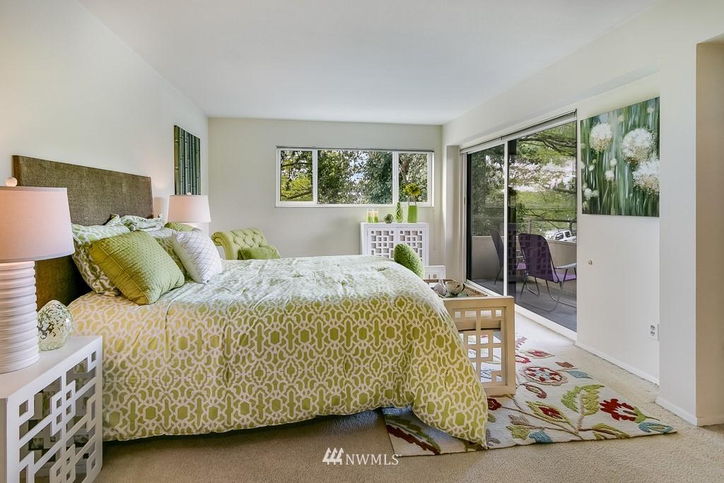 Sold Property | 4545 Sand Point Way NE #401 Seattle, WA 98105 11
