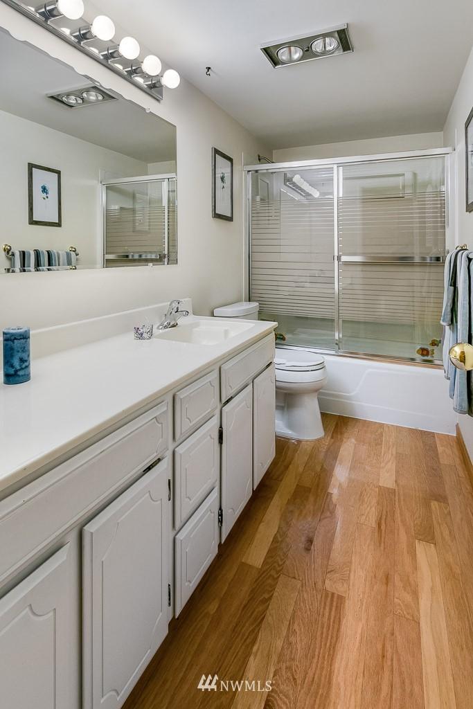 Sold Property | 4545 Sand Point Way NE #401 Seattle, WA 98105 17
