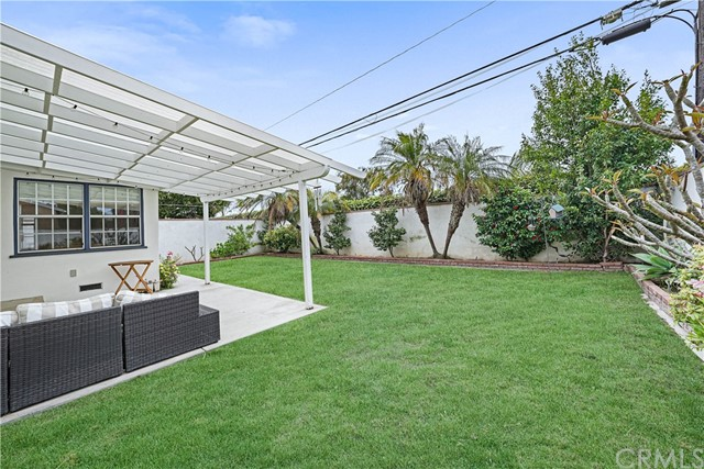 Pending | 5348 W 142nd Place Hawthorne, CA 90250 4
