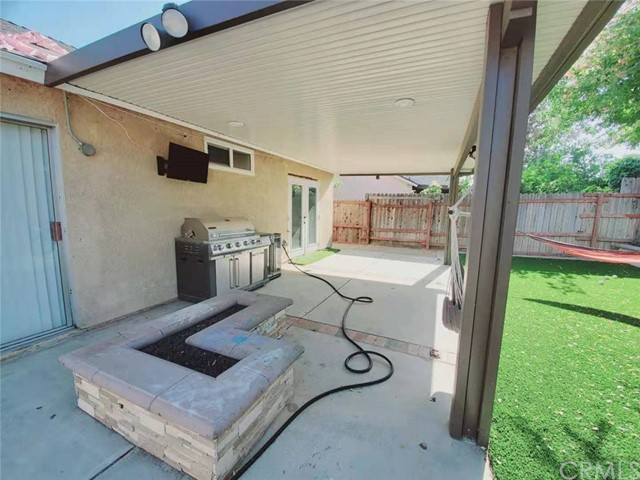 Closed | 13980 Ridgewood Drive Fontana, CA 92337 12