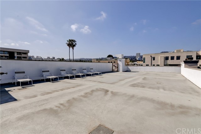 Active | 439 N Doheny Drive #204 Beverly Hills, CA 90210 21