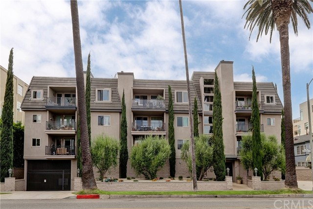Active | 439 N Doheny Drive #204 Beverly Hills, CA 90210 28