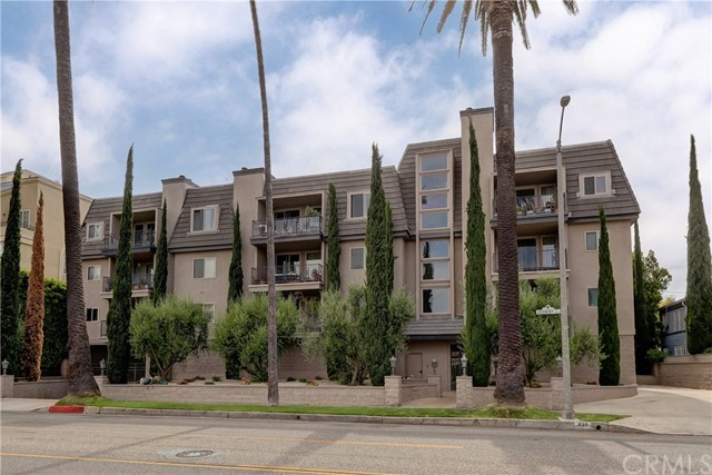Active | 439 N Doheny Drive #204 Beverly Hills, CA 90210 29