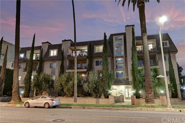 Active | 439 N Doheny Drive #204 Beverly Hills, CA 90210 34