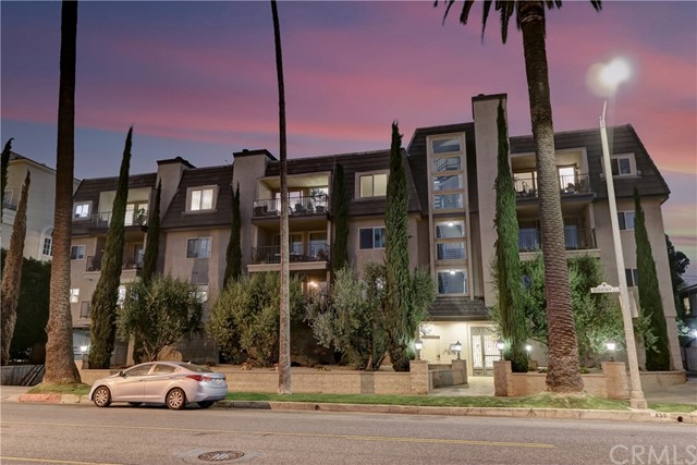 Active | 439 N Doheny Drive #204 Beverly Hills, CA 90210 35