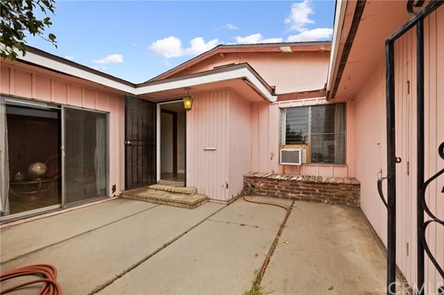 Pending   1044 S Indian Summer Avenue West Covina, CA 91790 2