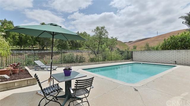 Pending | 6015 Ridgegate Drive Chino Hills, CA 91709 30