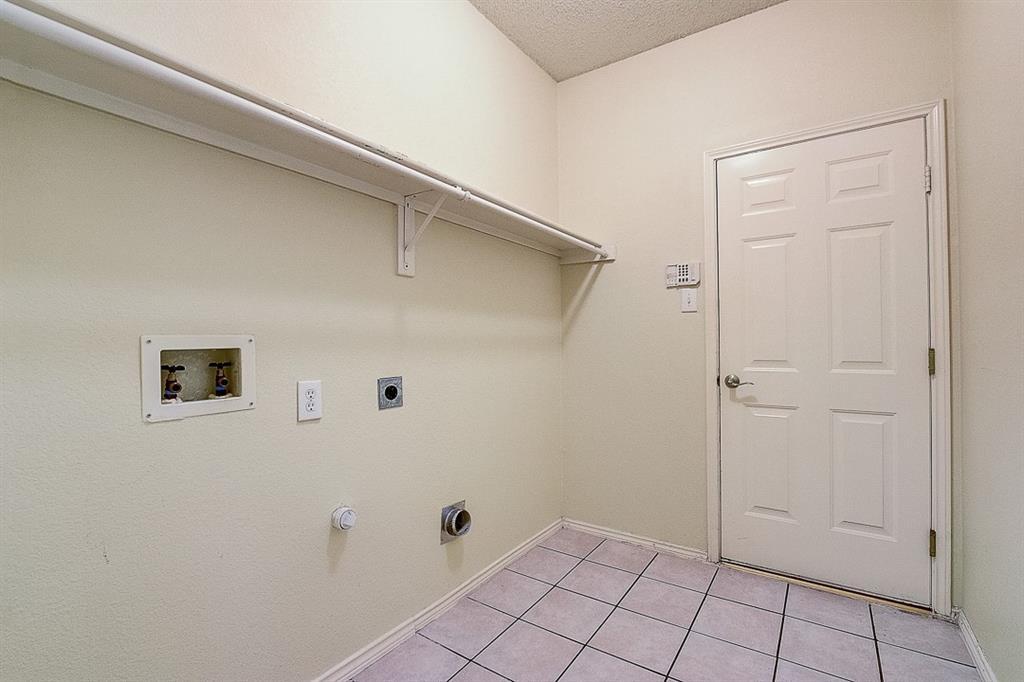 Active | 6913 Marigold Court Plano, Texas 75074 15