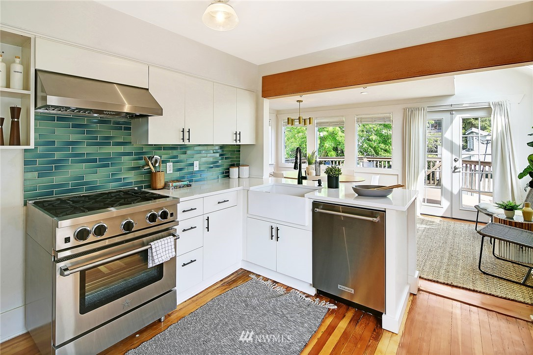 Sold Property | 6528 12th Avenue NW Seattle, WA 98117 4