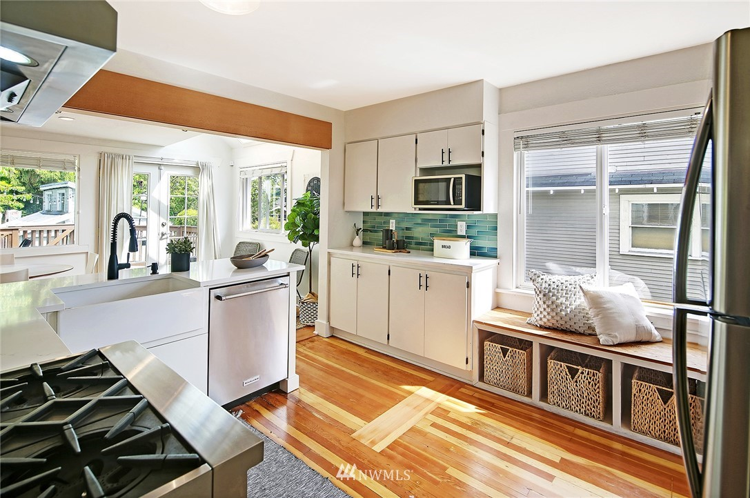 Sold Property | 6528 12th Avenue NW Seattle, WA 98117 5