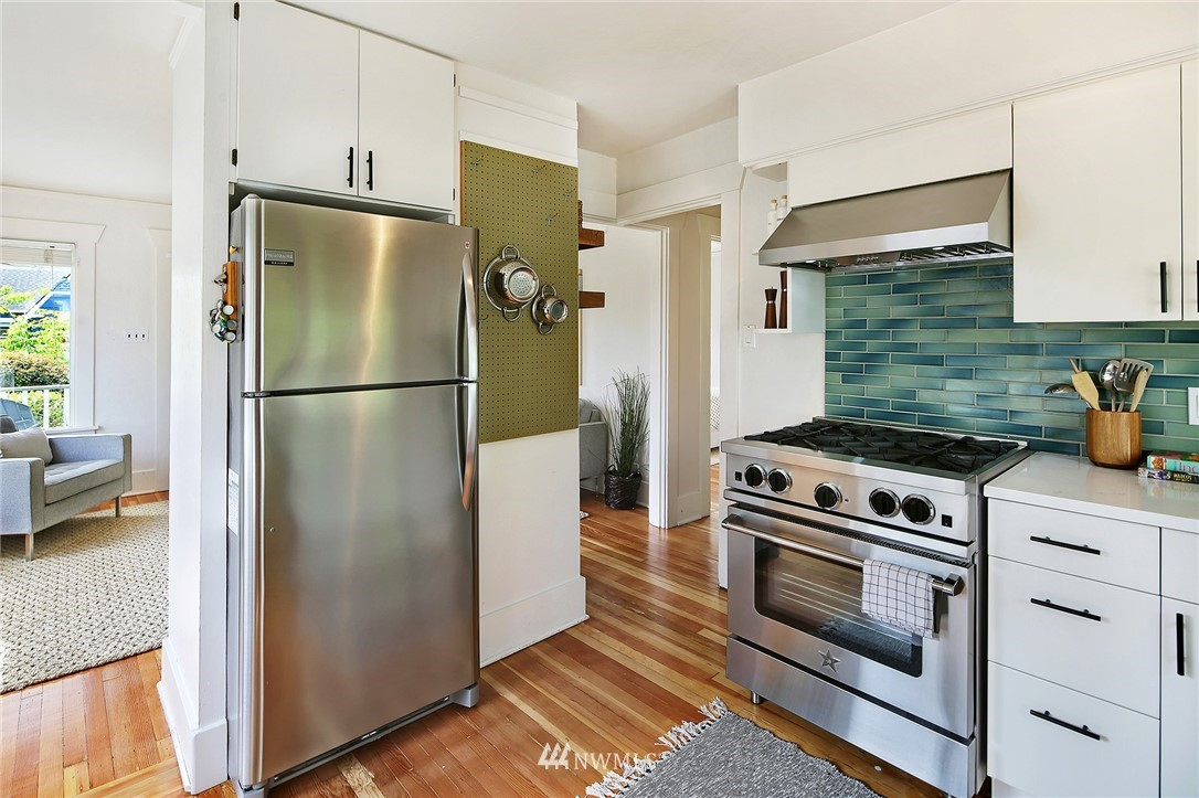 Sold Property | 6528 12th Avenue NW Seattle, WA 98117 6