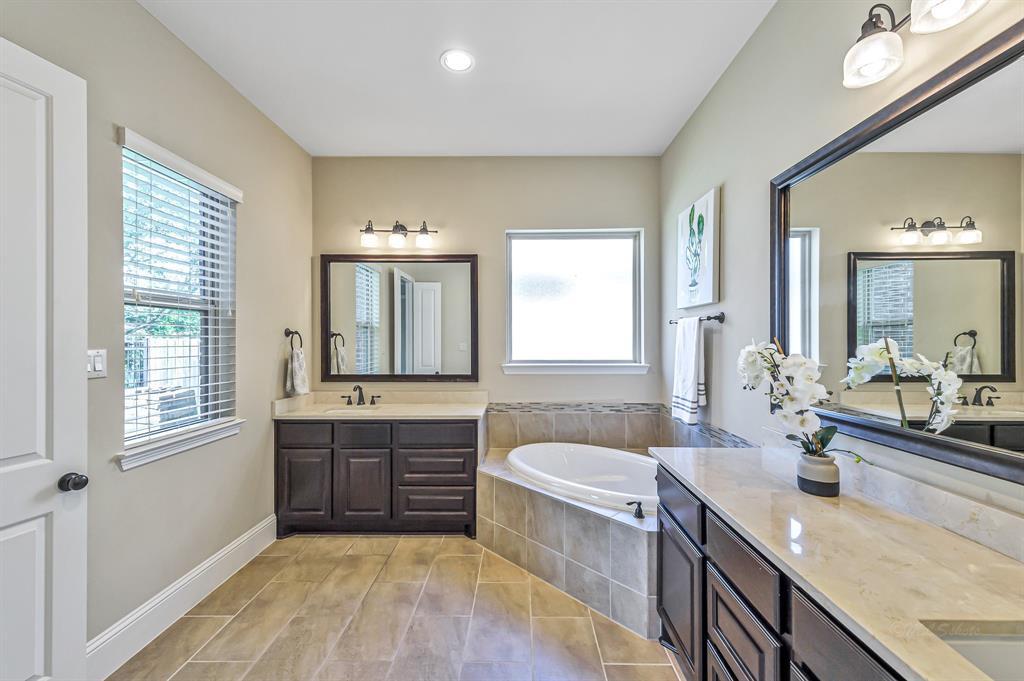 Pending   20415 Salida Creek Circle Cypress, Texas 77433 32