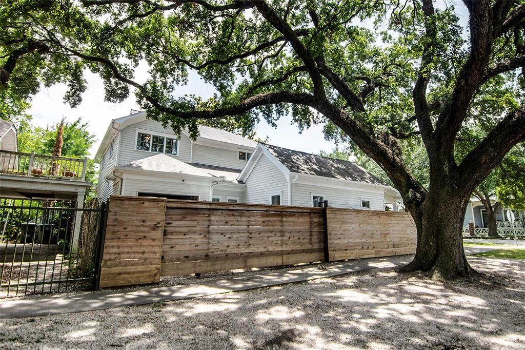 Pending | 1248 Ashland Street Houston, Texas 77008 6