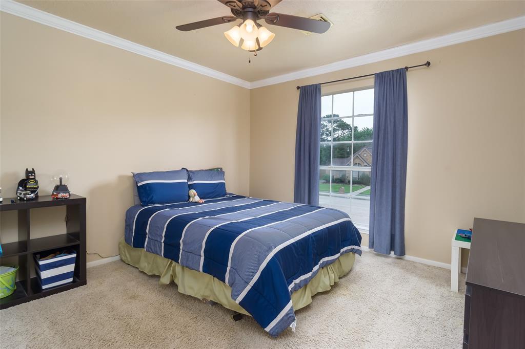 Off Market   1620 Falcon Ridge Boulevard Friendswood, Texas 77546 25