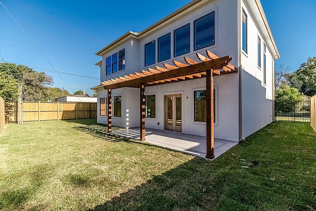Active | 1463 Oak Tree Drive Houston, Texas 77055 36
