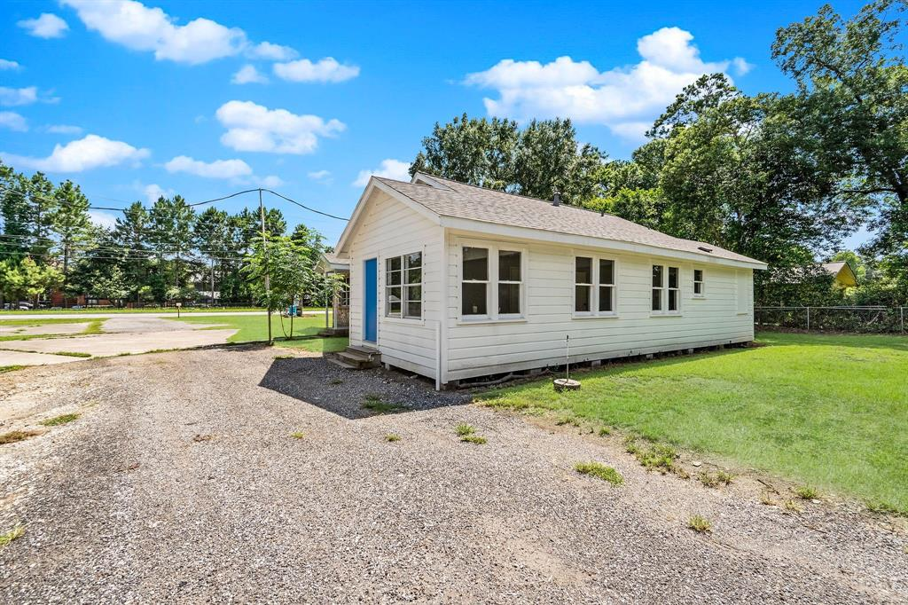 Active   1102 Sawdust Road Spring, Texas 77380 32