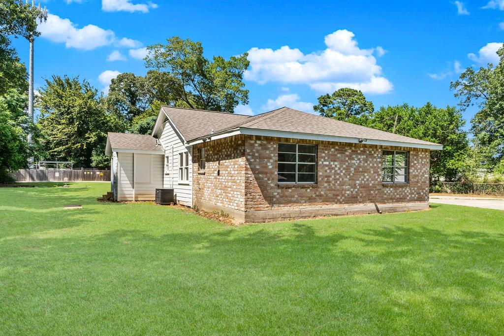 Active   1102 Sawdust Road Spring, Texas 77380 7