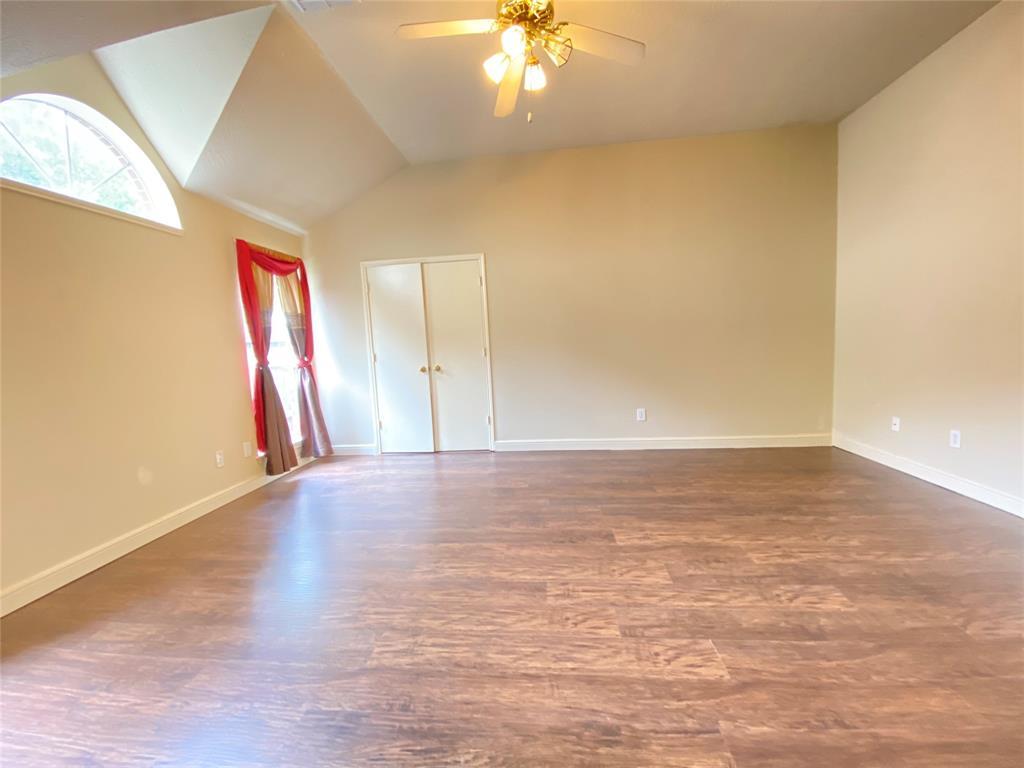 Active | 5125 Carefree Drive League City, Texas 77573 18
