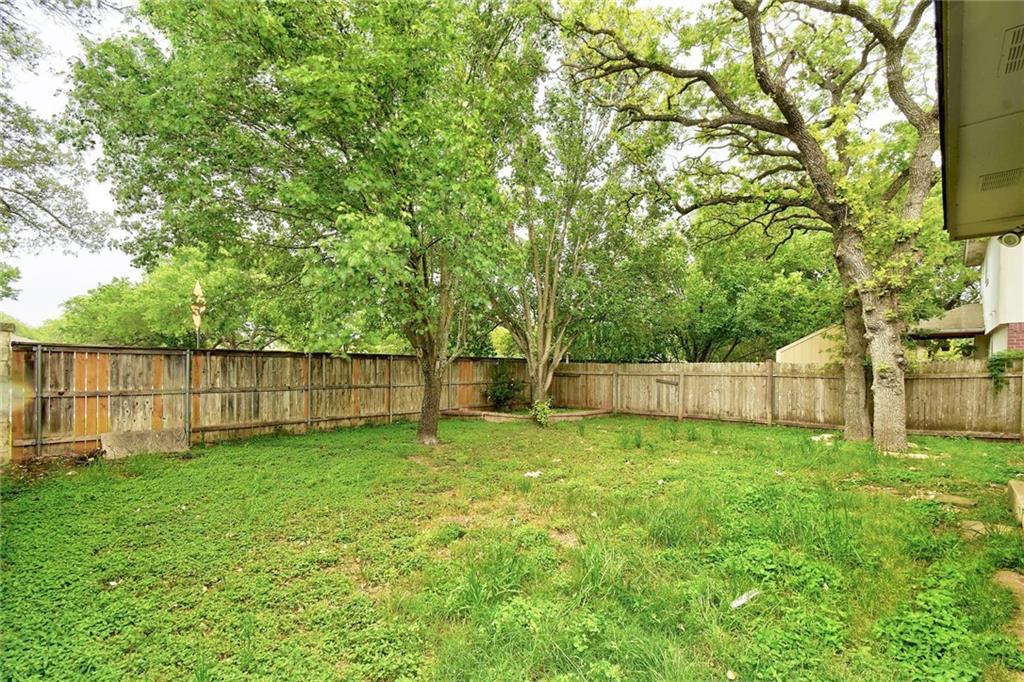 ActiveUnderContract   1205 Pine Portage Loop Leander, TX 78641 23