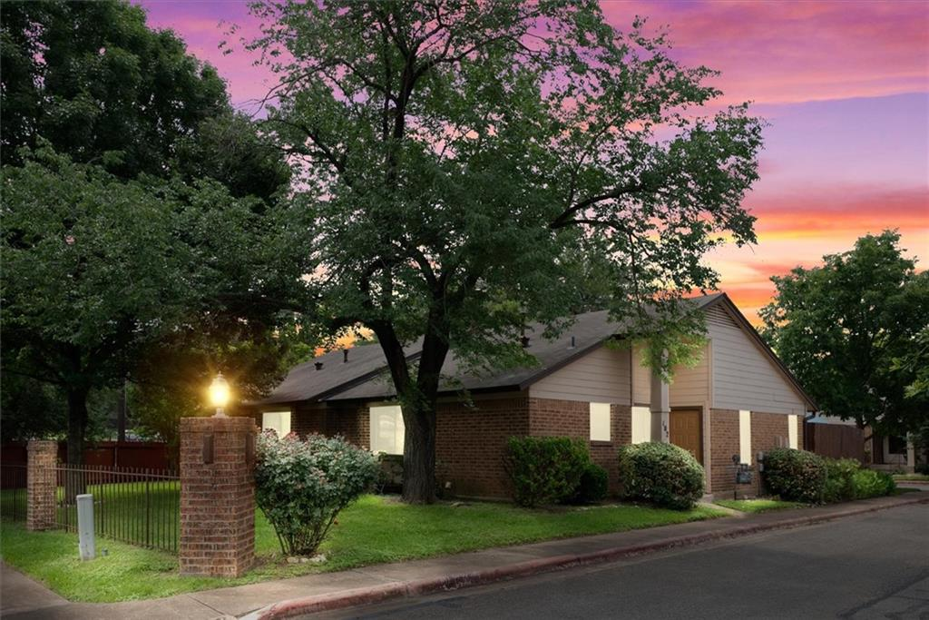Pending | 101 Clearday Drive #102 Austin, TX 78745 1