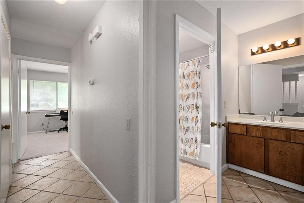 Pending | 101 Clearday Drive #102 Austin, TX 78745 13
