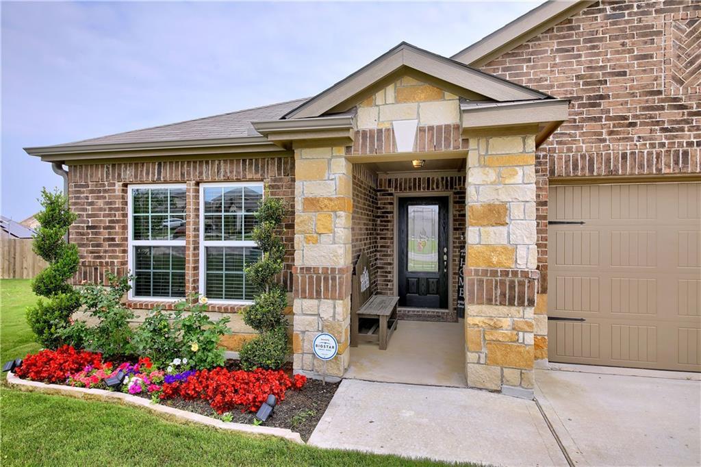 Closed   19905 Hubert R Humphrey Road Manor, TX 78653 4
