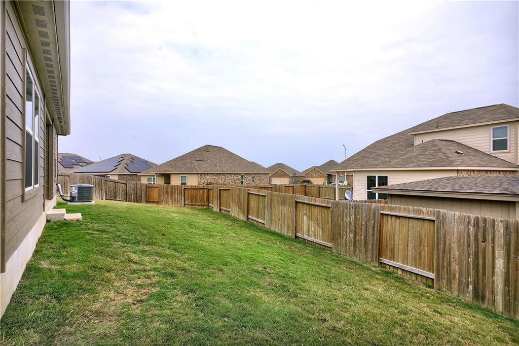 Closed   19905 Hubert R Humphrey Road Manor, TX 78653 35