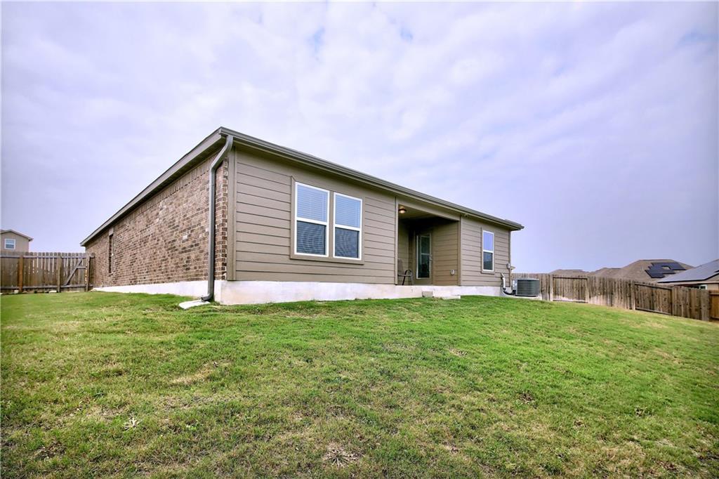 Closed   19905 Hubert R Humphrey Road Manor, TX 78653 36