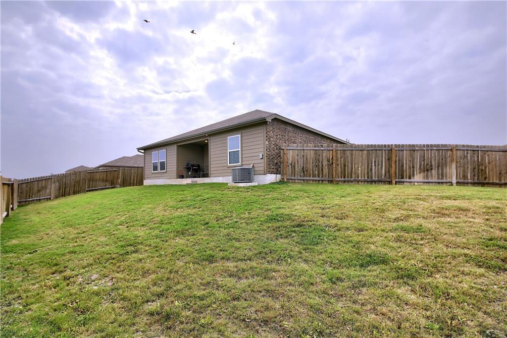 Closed   19905 Hubert R Humphrey Road Manor, TX 78653 37
