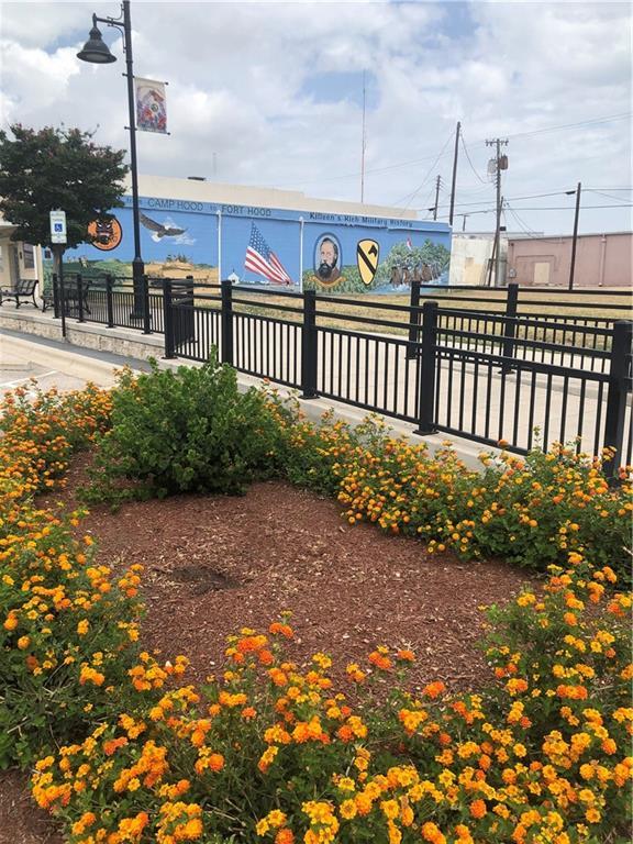 Active | 305 E Avenue D Killeen, TX 76541 3