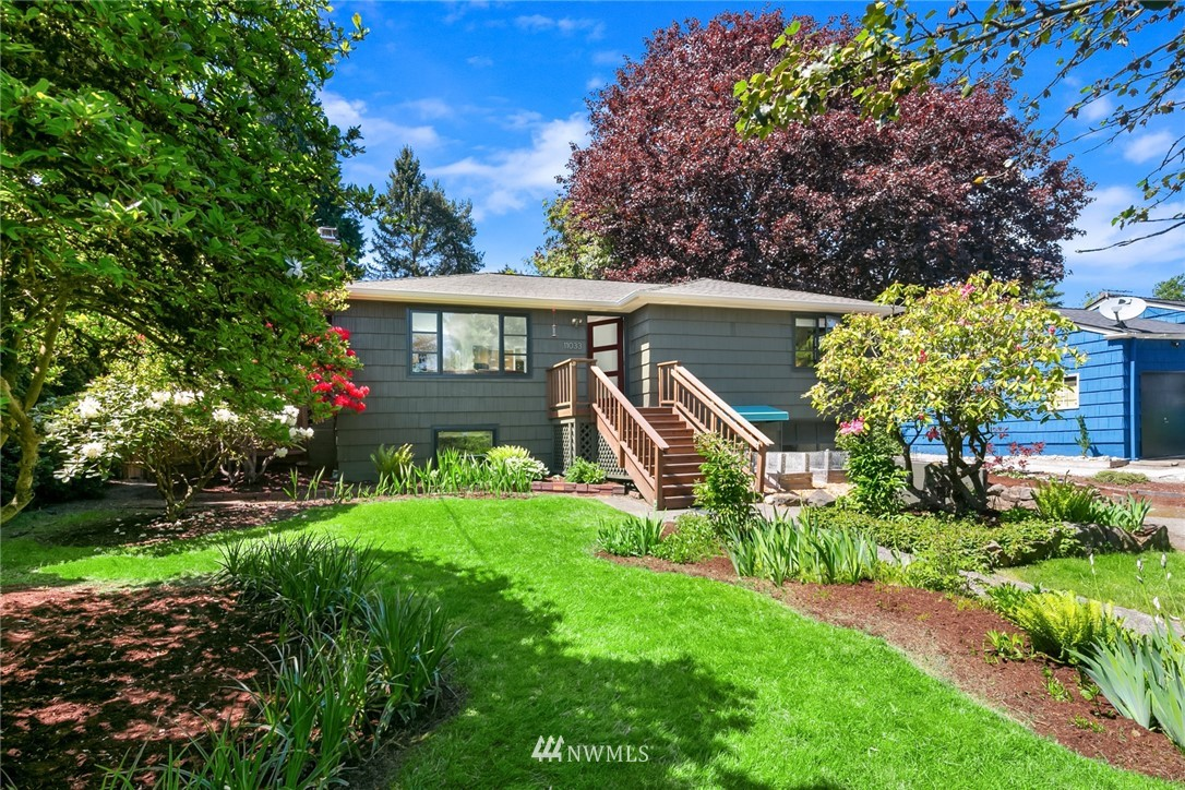 Sold Property | 11033 10th Avenue SW Seattle, WA 98146 1