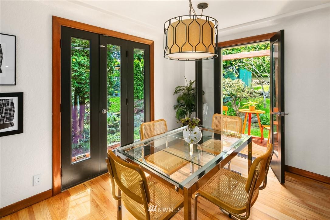 Sold Property | 11033 10th Avenue SW Seattle, WA 98146 8