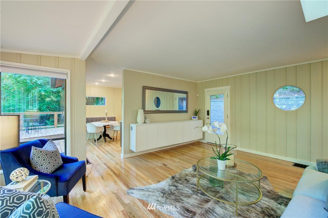Sold Property | 13084 40th Ave. NE Seattle, WA 98125 10