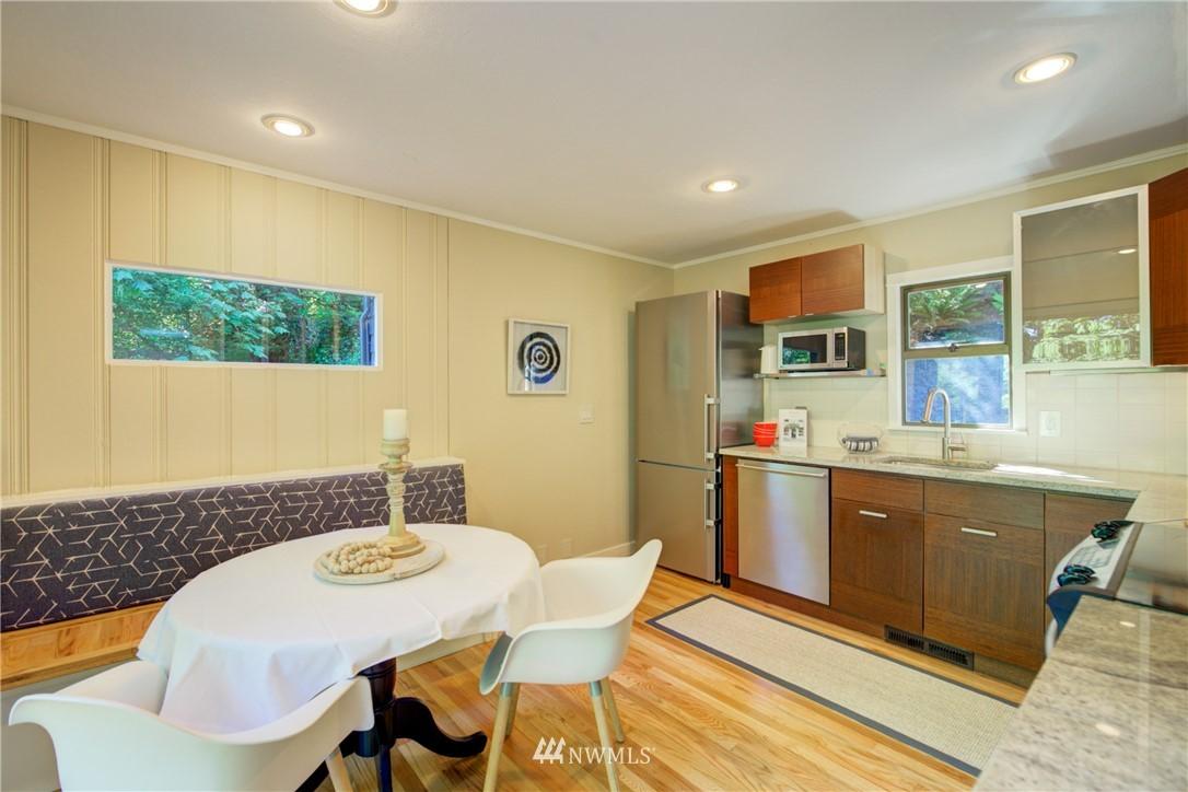 Sold Property | 13084 40th Ave. NE Seattle, WA 98125 12