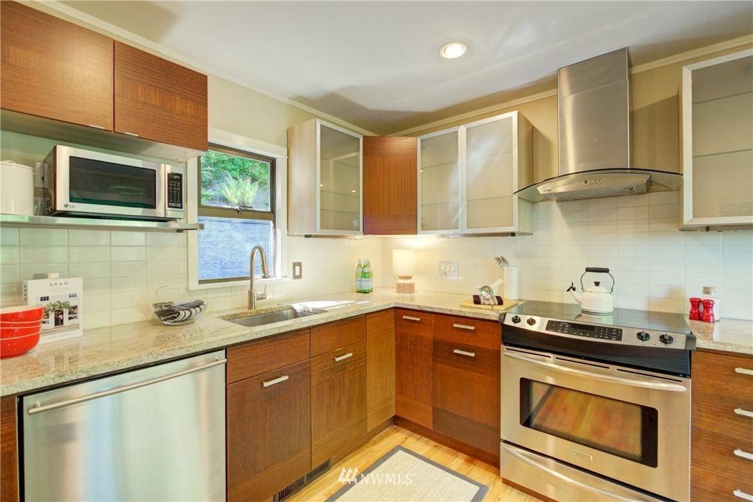 Sold Property | 13084 40th Ave. NE Seattle, WA 98125 15