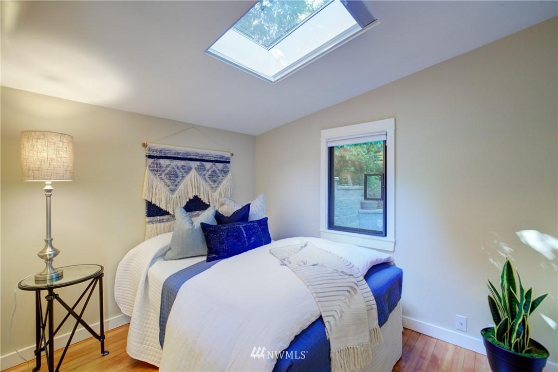 Sold Property | 13084 40th Ave. NE Seattle, WA 98125 18