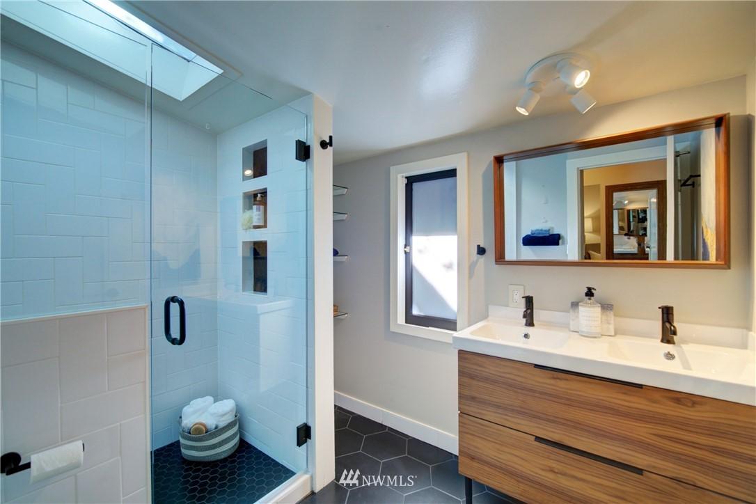 Sold Property | 13084 40th Ave. NE Seattle, WA 98125 20